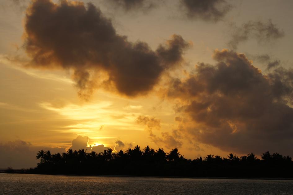Hema_maldives_chayaa_lagoon_hakuraa_huraa_sunset