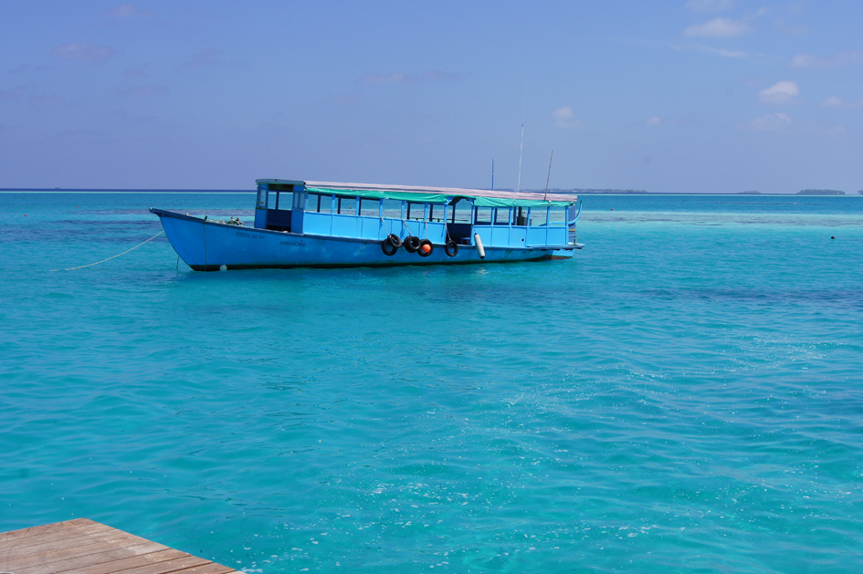 Hema_maldives_fisherman_boat