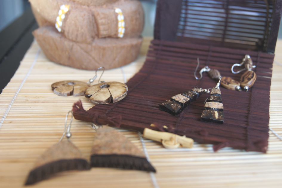 Hema_nuts_about_coconut_earings2