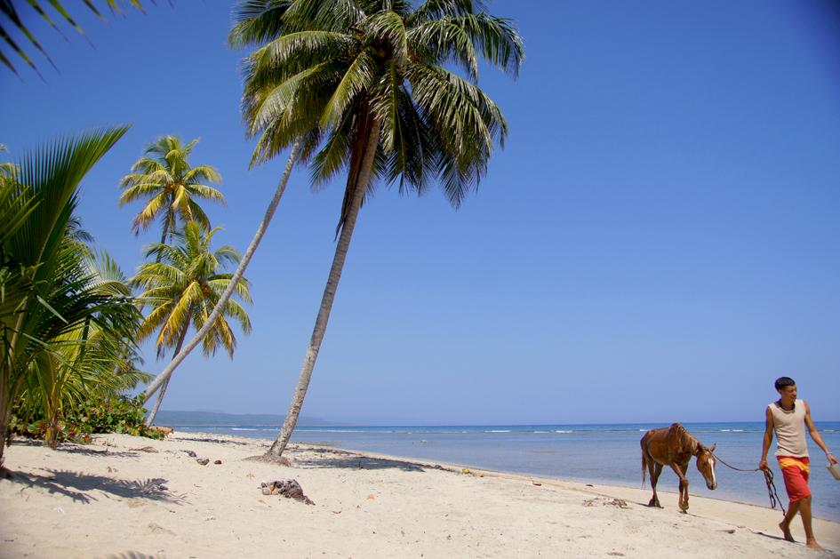 hema_cuba_baracoa_beach5