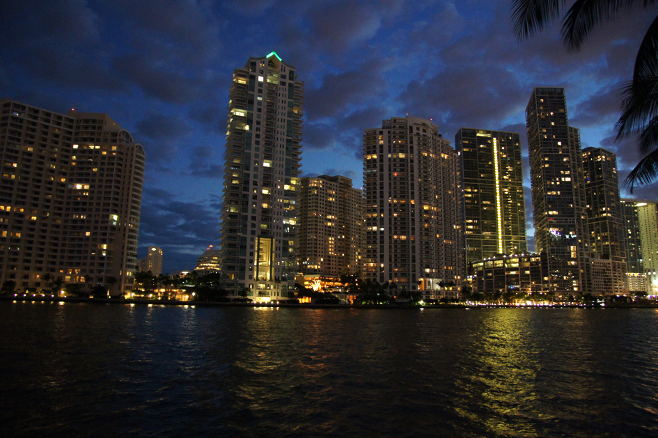 hema_florida_miami_downtown_marina_bay