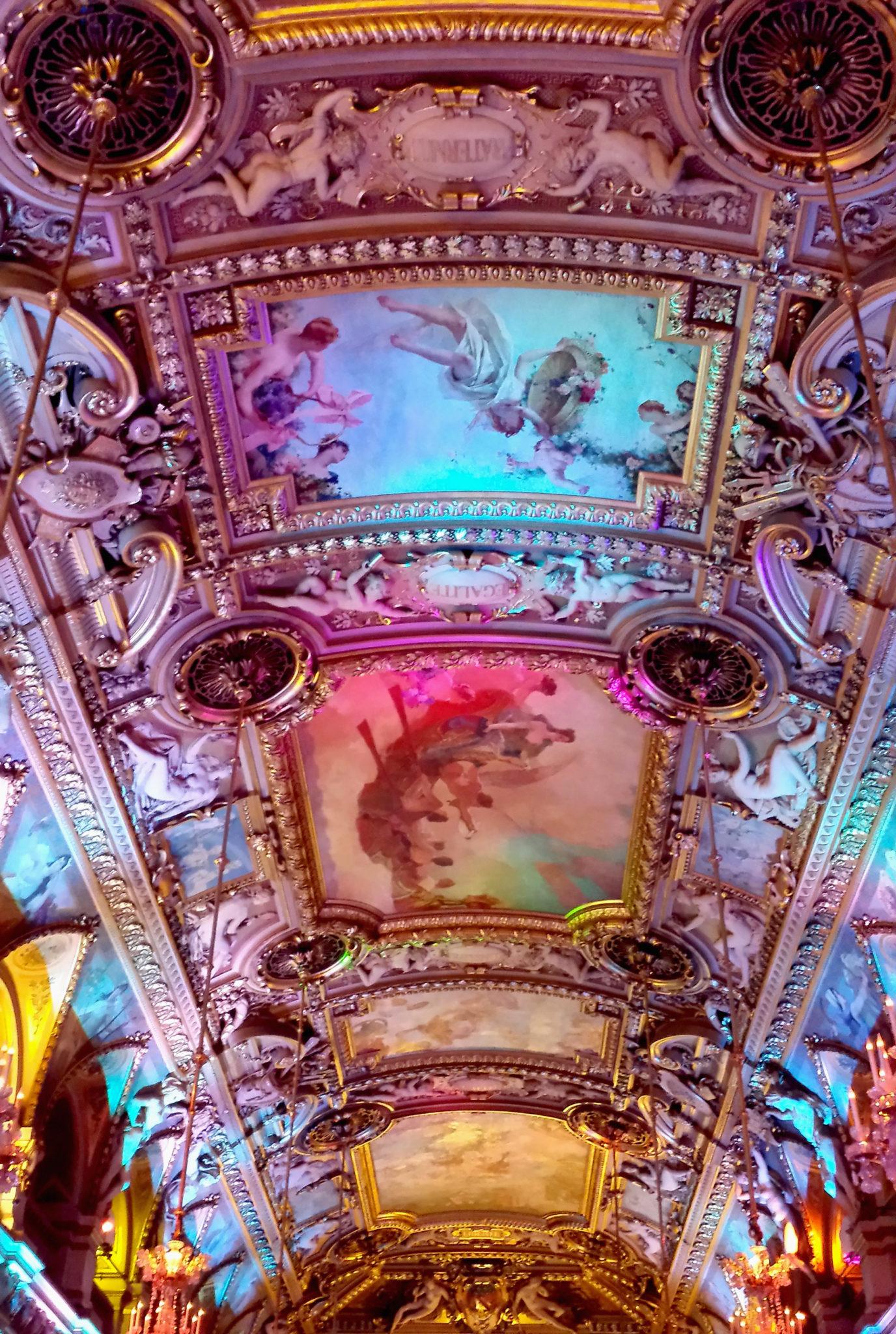 Hema_Paris_Hotel_de_ville_mairie_plafond
