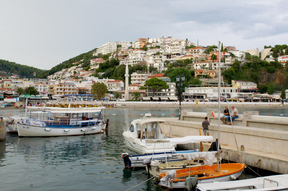 Hema_Montenegro_la_cote_adriatique_ulcinj_blog_voyage_travel_view_baie_marina_port