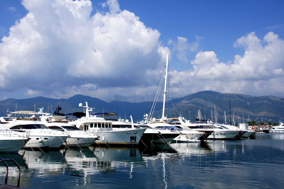 Hema_Blog_Voyage_travel_Porto_Montenegro_Marina2