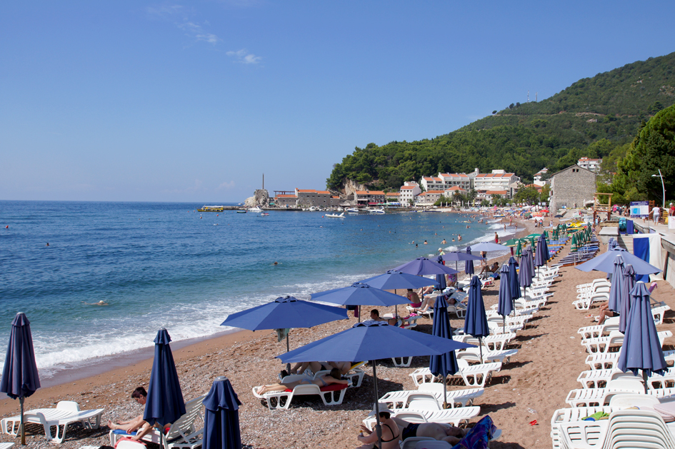 Hema_Montenegro_Adriatic_Coast_Petrovac_Beach_plage_blog_voyage_travel_