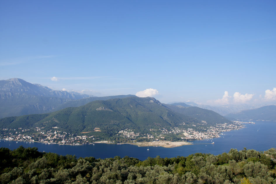 Hema_Montenegro_Lustica_peninsula_view_blog_voyage_travel9