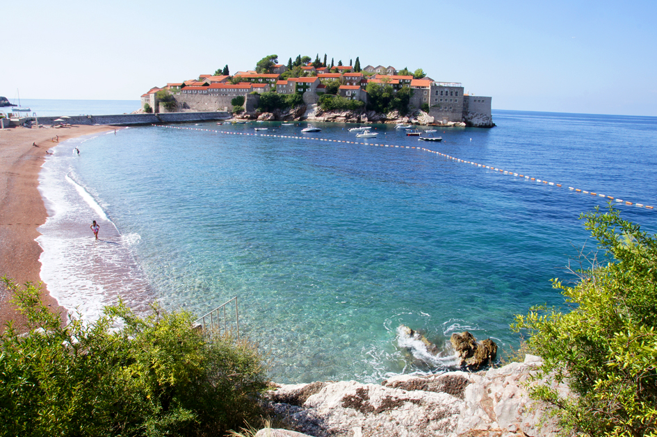 Hema_Montenegro_Sveti_Stefan_privat_beach_Adriatic_Coast_Blog_Voyage_Travel11