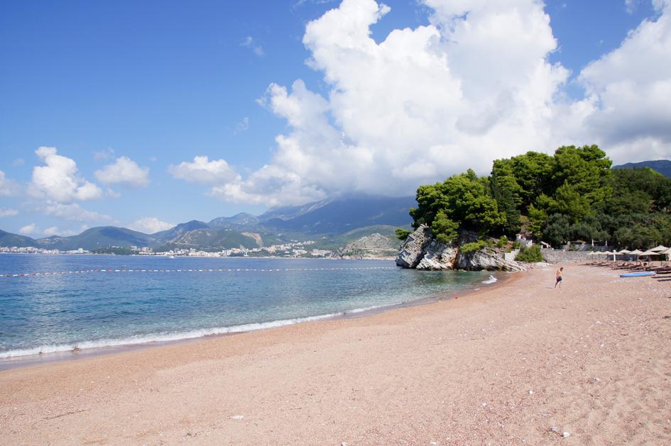 Hema_Montenegro_Sveti_Stefan_privat_beach_Adriatic_Coast_Blog_Voyage_Travel9