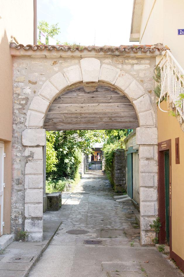 Hema_Porto_Montenegro_Blog_Voyage_Travel_tivat_old_city