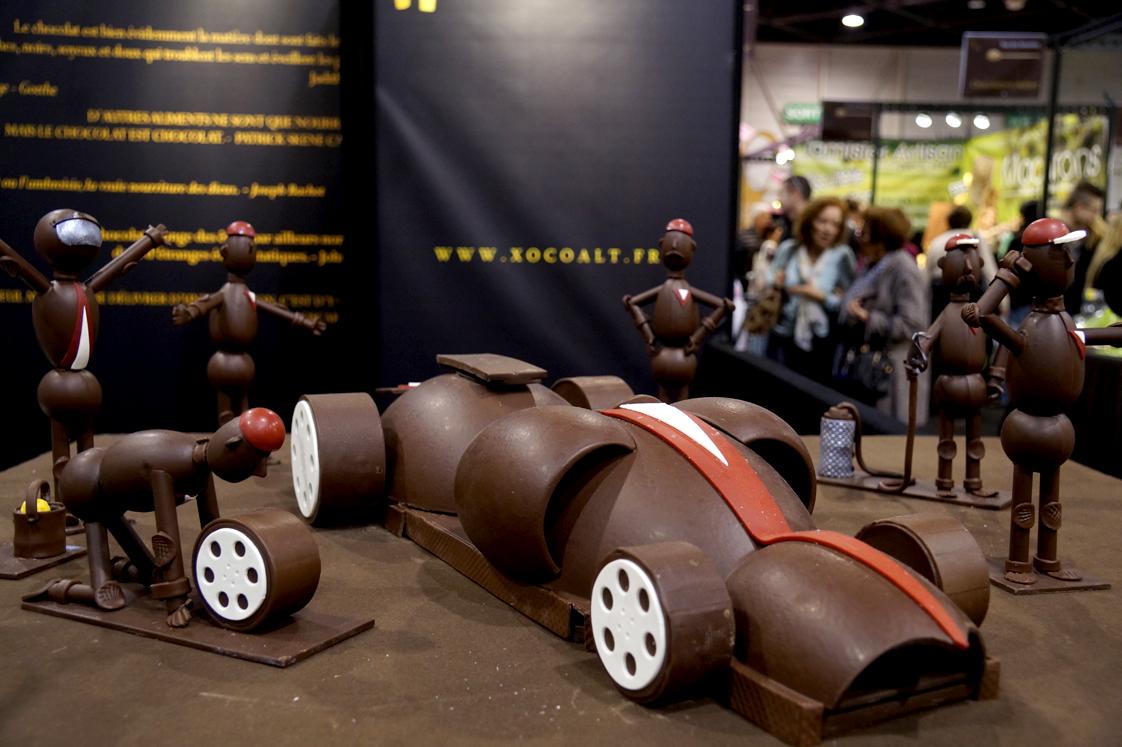 D fil des robes en chocolat du salon de chocolat 2015 de for Salon du chocolat luneville