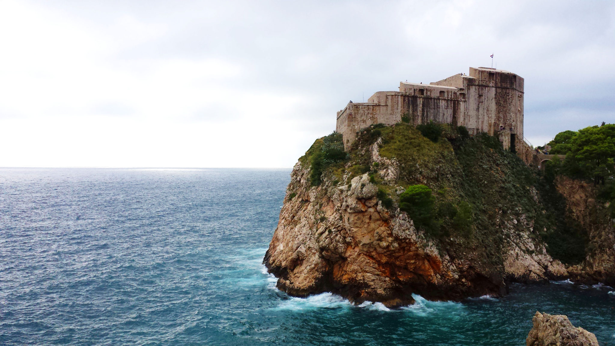 Hema_blog_mode_voyage_croatie_une_journee_a_dubrovnik_vue_des_remparts10