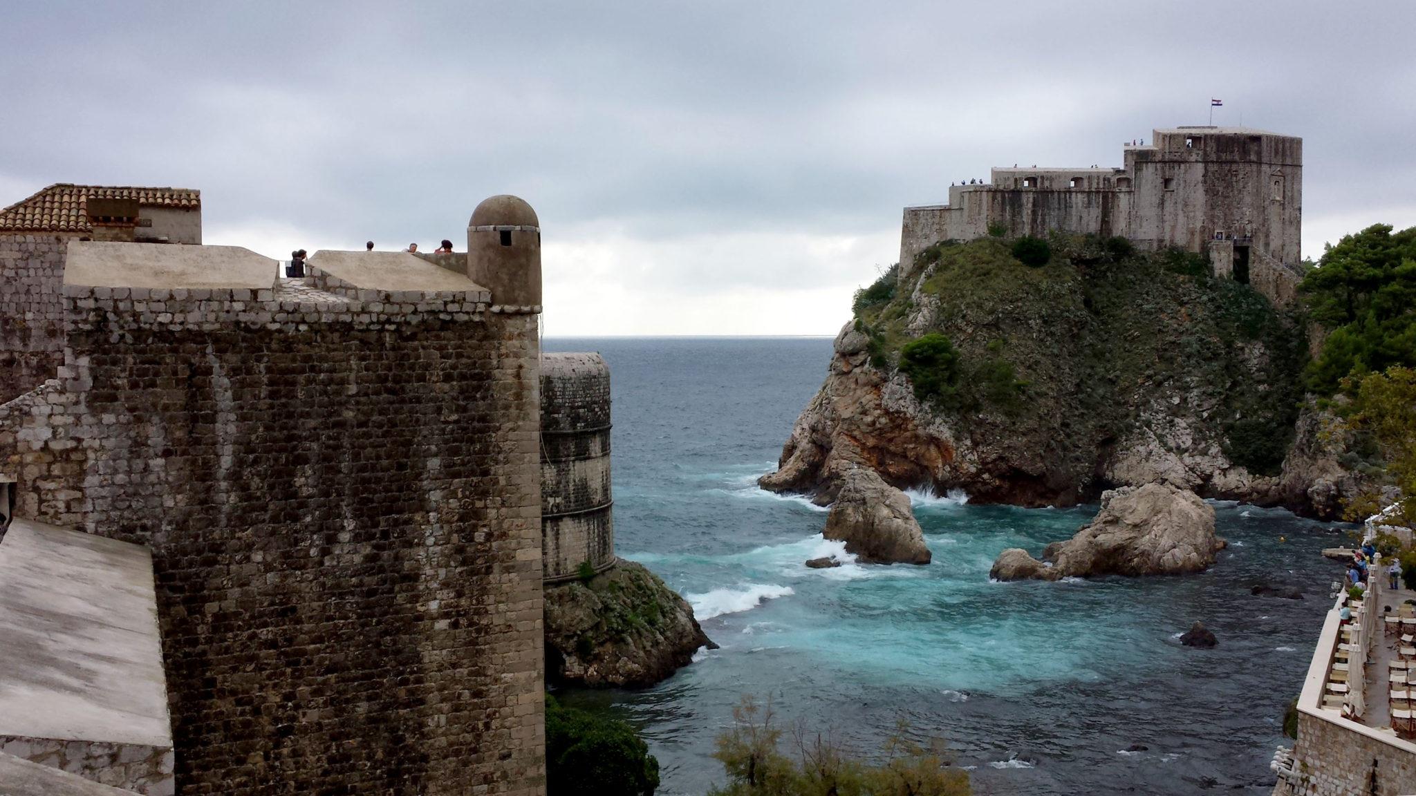 Hema_blog_mode_voyage_croatie_une_journee_a_dubrovnik_vue_des_remparts7