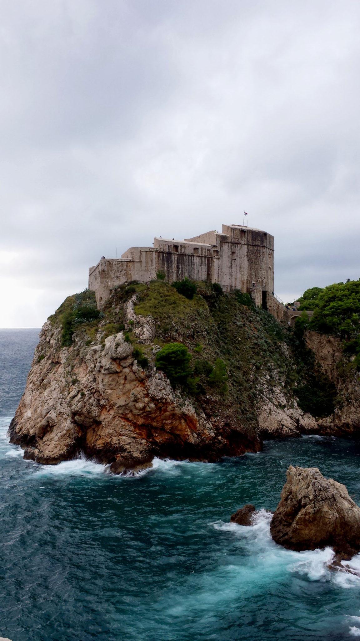 Hema_blog_mode_voyage_croatie_une_journee_a_dubrovnik_vue_des_remparts8