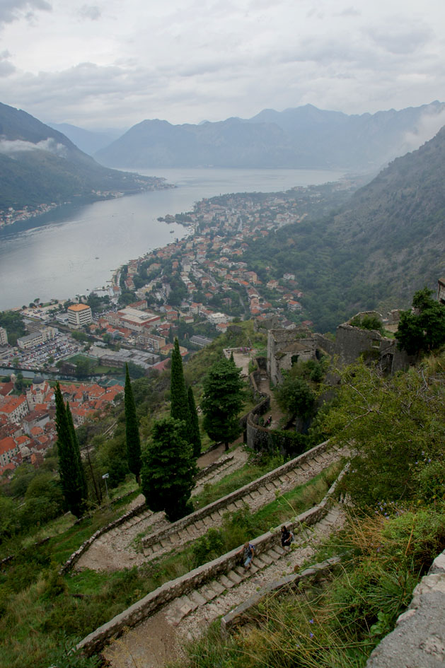 hema_montenegro_climbing_kotor_fortress