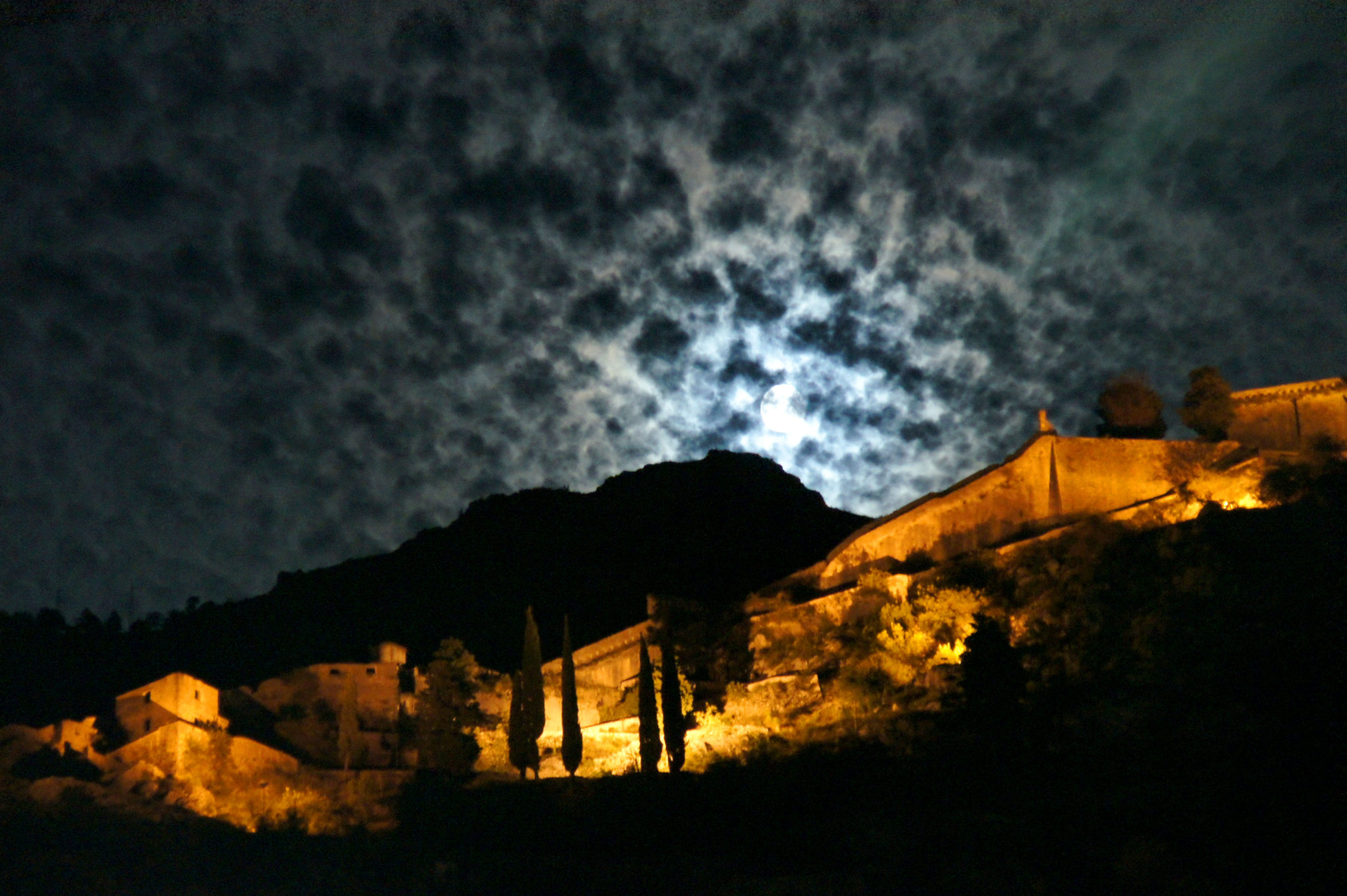 hema_montenegro_kotor_fortress_by_night