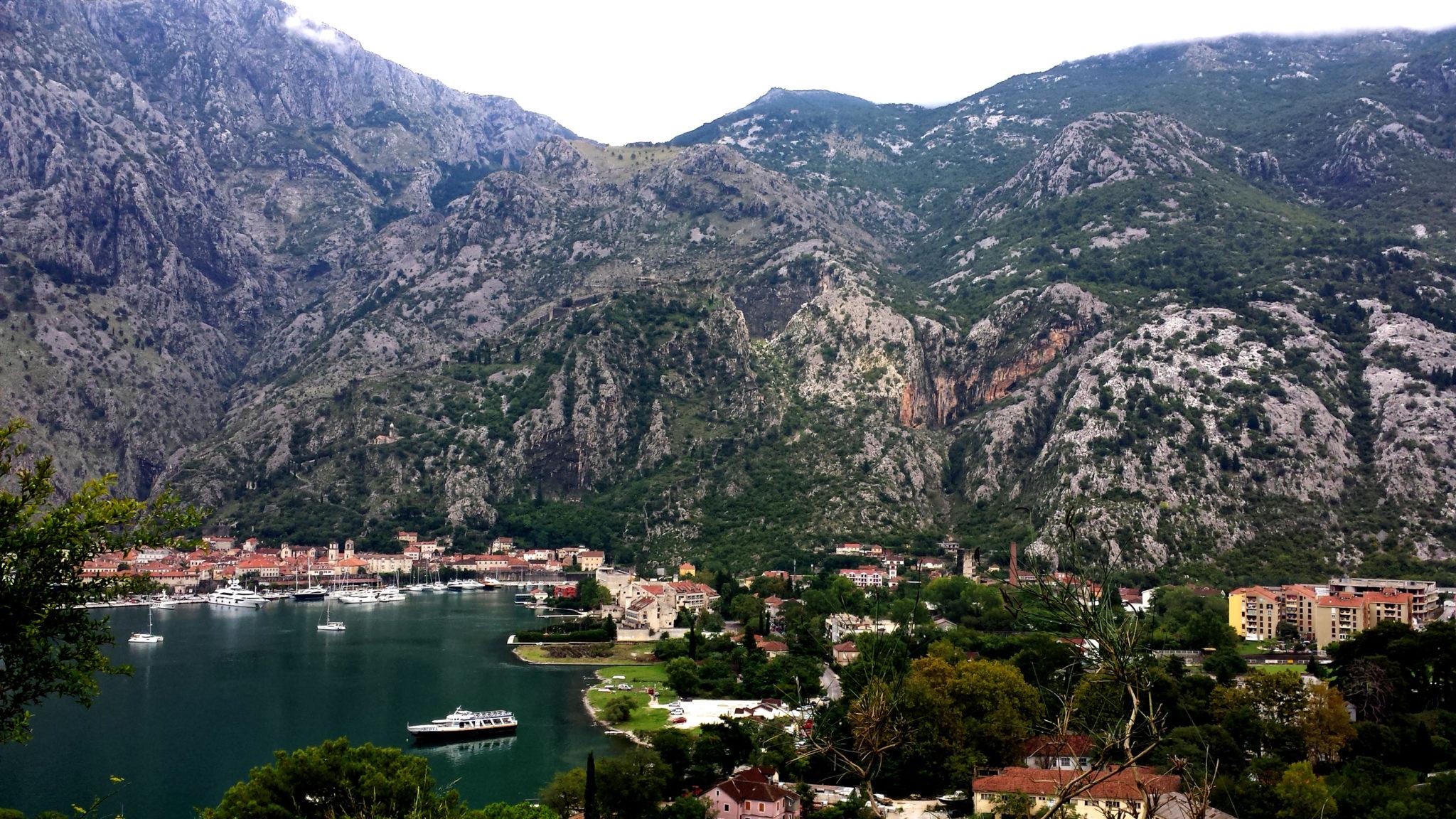 Hema_Le_parc_Lovcen_blog_voyage_travel_kotor_serpentine1