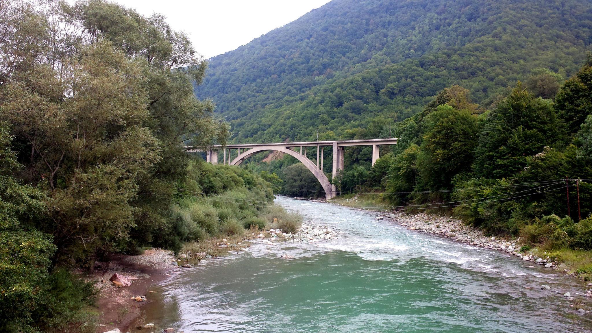 Hemaposesesvalises_montenegro_tyrolienne_zipline_tara_voyage_travel_blog4