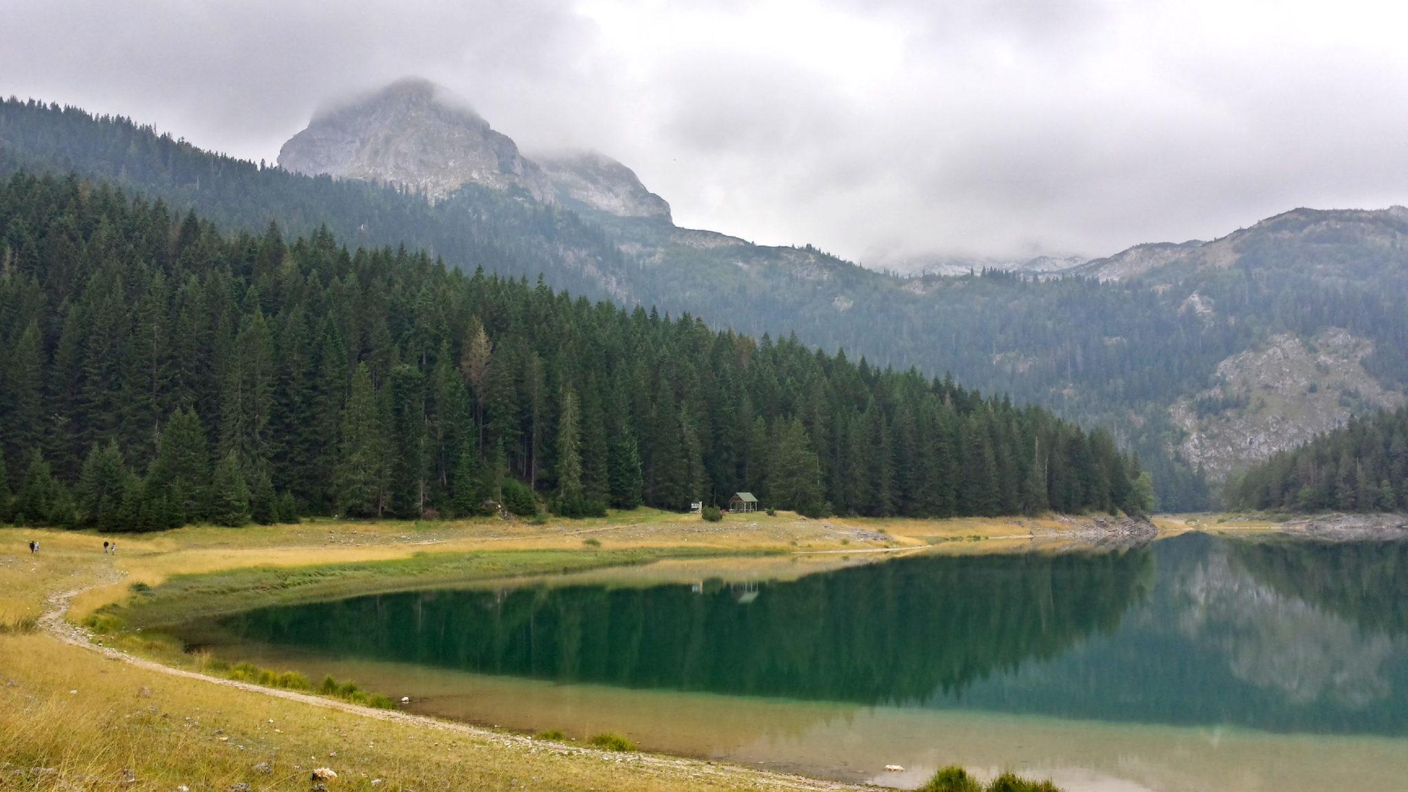 Hermaposesesvalises_Montenegro_Zabljak_Lac_noir_rando_trek_travel_voyage_blog19