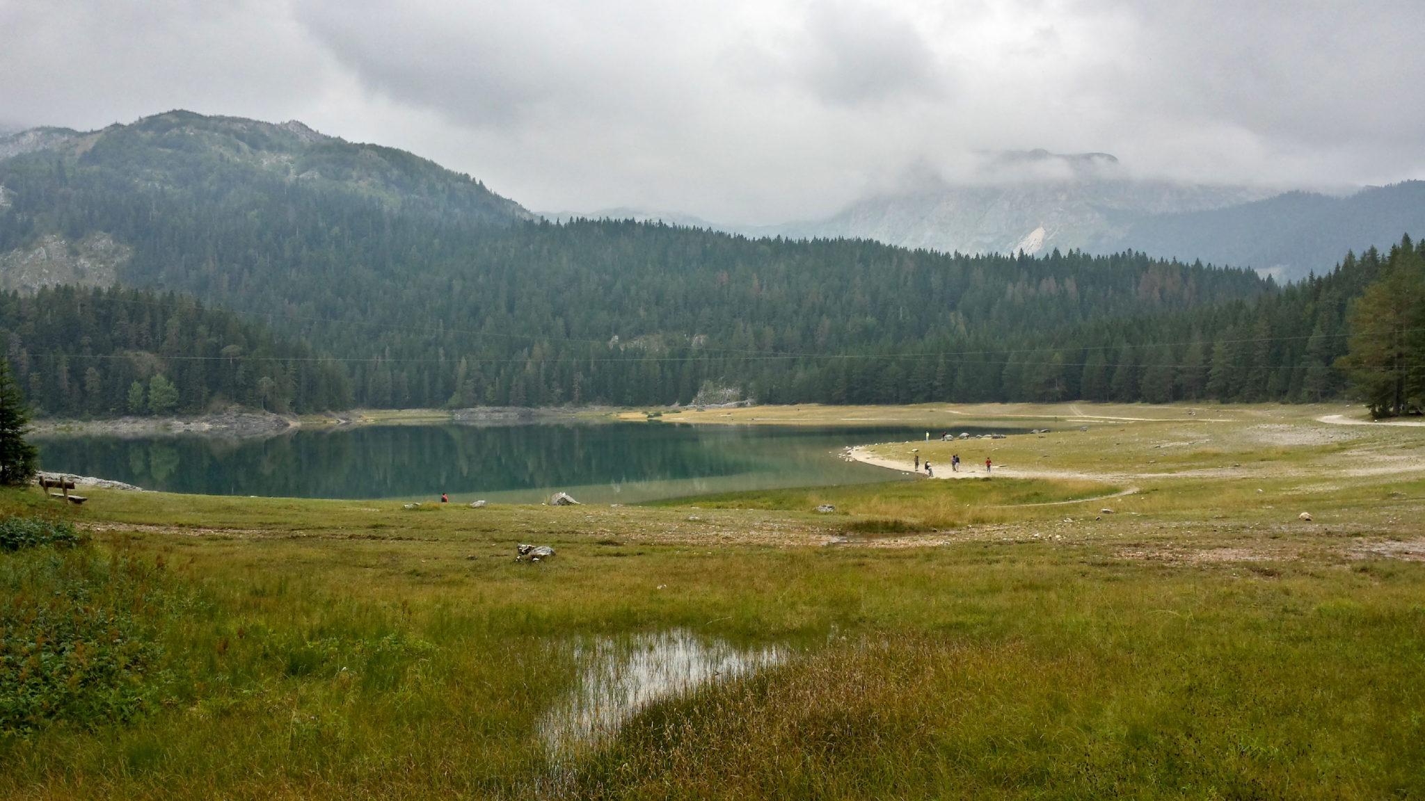 Hermaposesesvalises_Montenegro_Zabljak_Lac_noir_rando_trek_travel_voyage_blog20