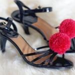 DIY Pompons #1 : les chaussures à pompons