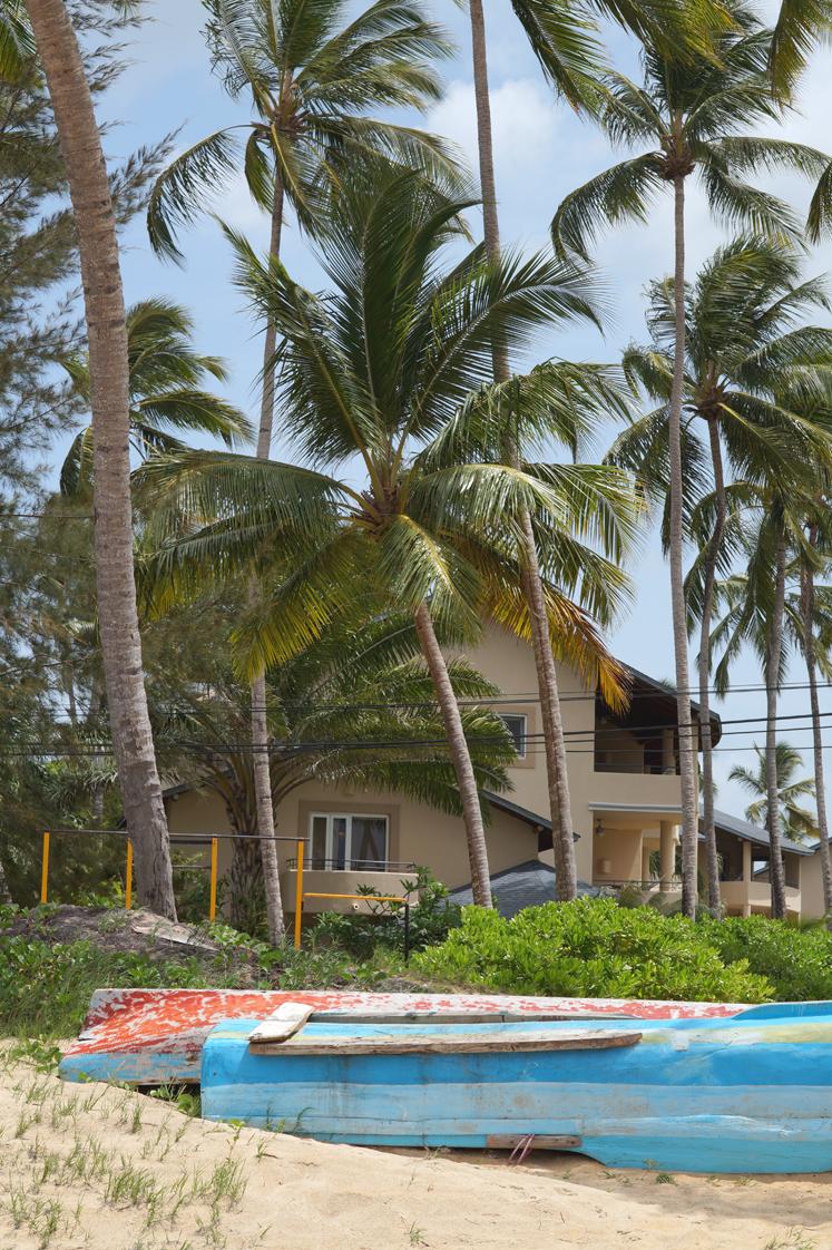 Hema_pose_ses_valises_republique_dominicaine_las_terrenas_plage_maison_11