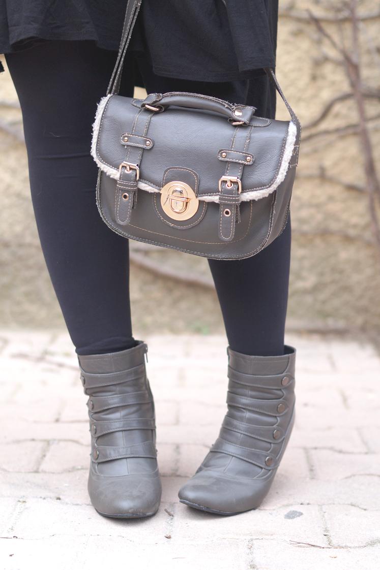 Hema_pose_ses_valises_look_blog_mode_sac_new_look_gris_bottines_officier