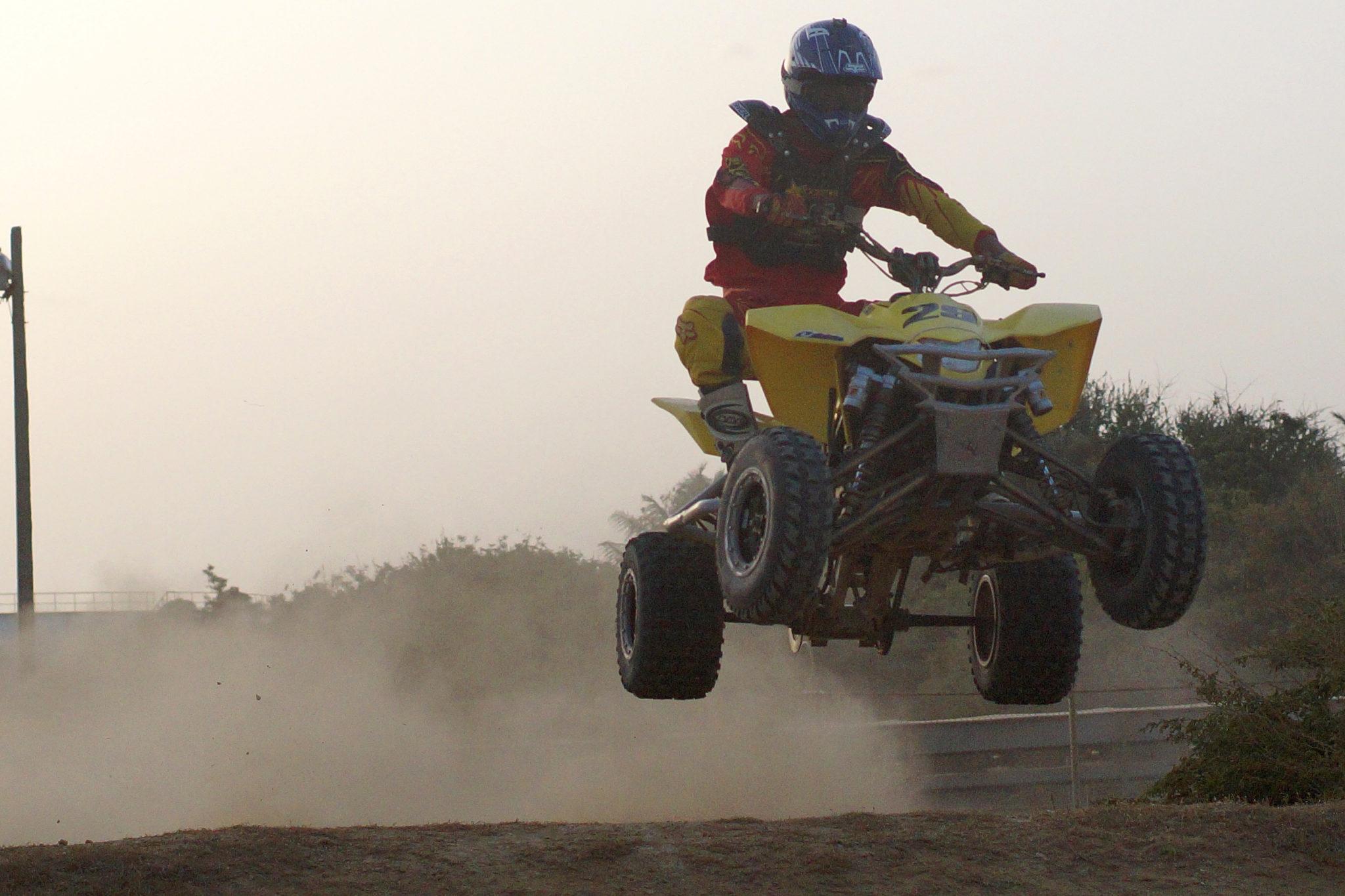 Republique_dominicaine_Barahona_quad_race_jumping_air