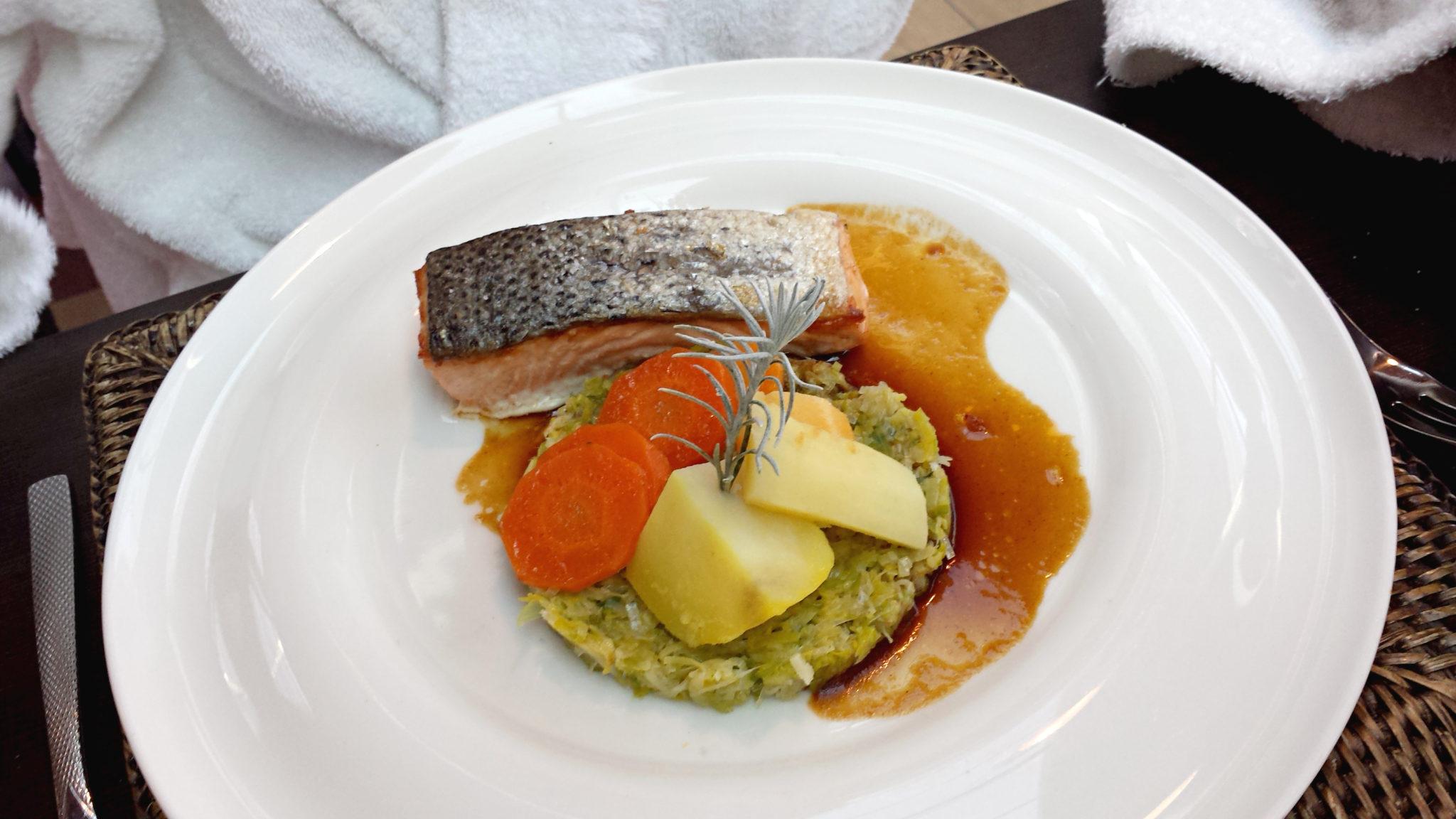 Journee_cocooning_aixenprovence_thermes_sextius_restaurant_orangerie_plat_saumon