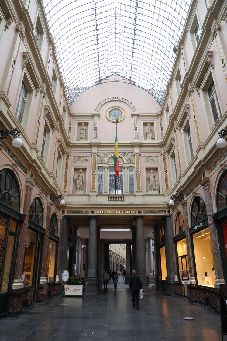 Hema_Bruxelles_galeries_royales_saint_hubert_reine