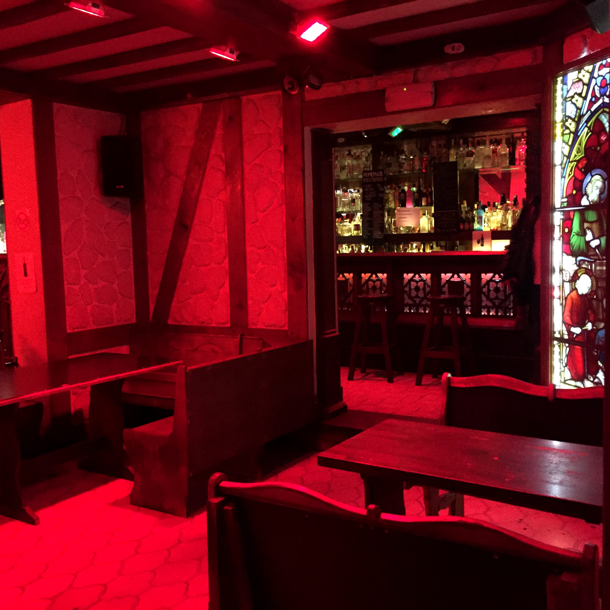 Hema_Bruxelles_bonnes_adresses_delirium_bar
