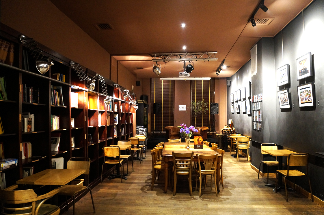 Hema_Bruxelles_bonnes_adresses_restaurant_cercle_des_voyageurs_bibliotheque_conference