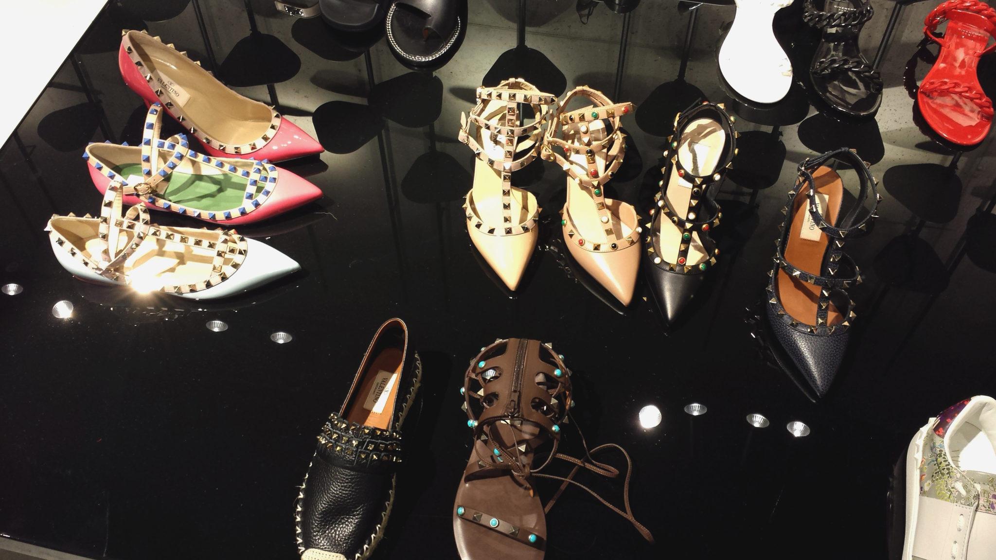 Hema_Bruxelles_bonnes_adresses_shopping_fashion_smets_valentino_rockstud