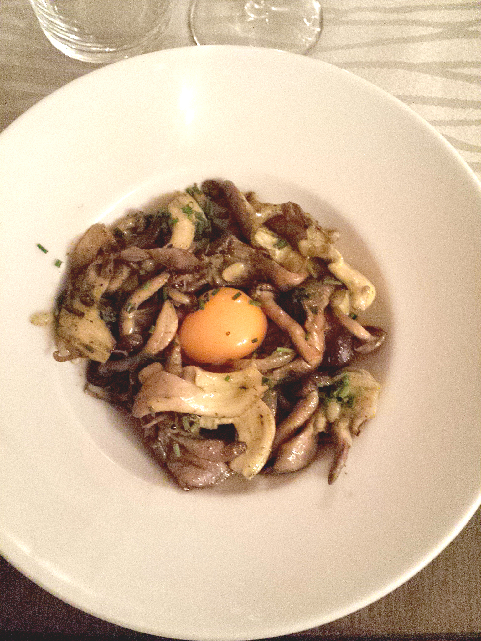 Restopolitan_aix_en_provence_le_ptit_bout_poelee_champignons
