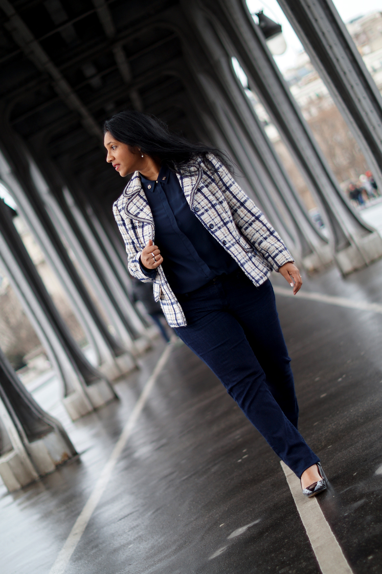 La_veste_en_tweed_paris_look_blog_mode_hema_pose_ses_valises4