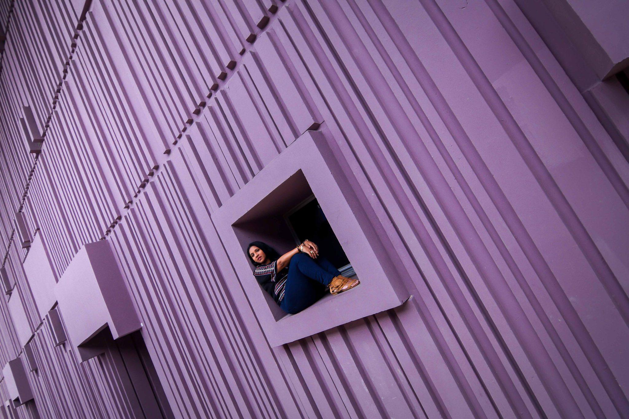 Le mur violet de Beaugrenelle comme lieu de shooting photo