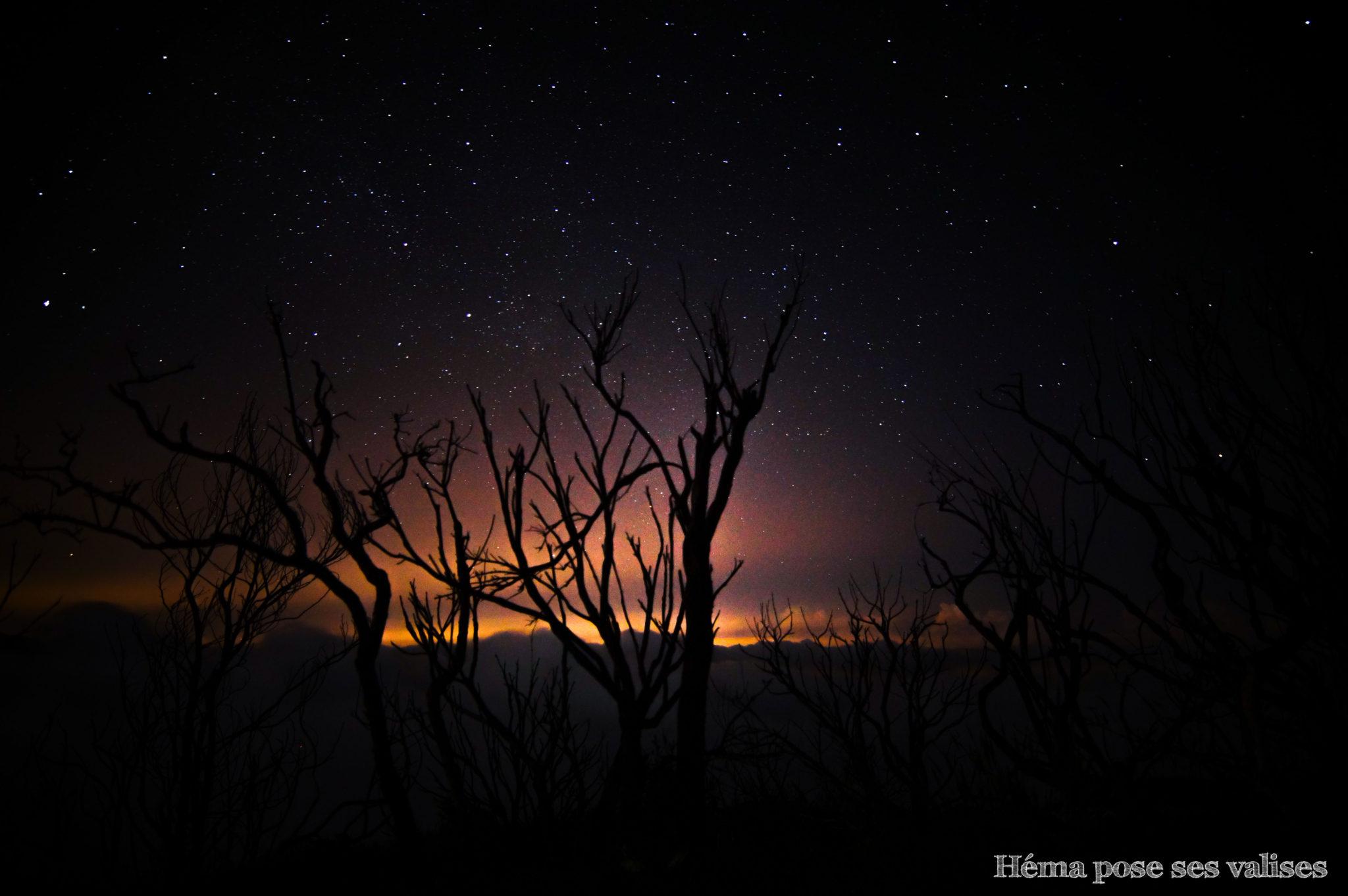 Nuit étoilée près du gite du volcan du Piton de la Fournaise à La Réunion