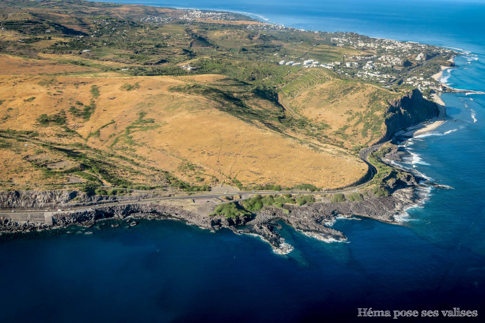 Cap La Houssaye et la route du littoral de l'île de La Réunion