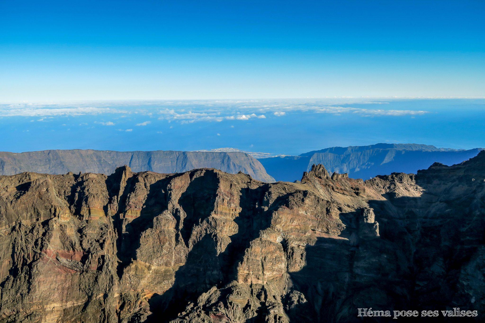 Col des montagnes et piton des neiges à La Réunion