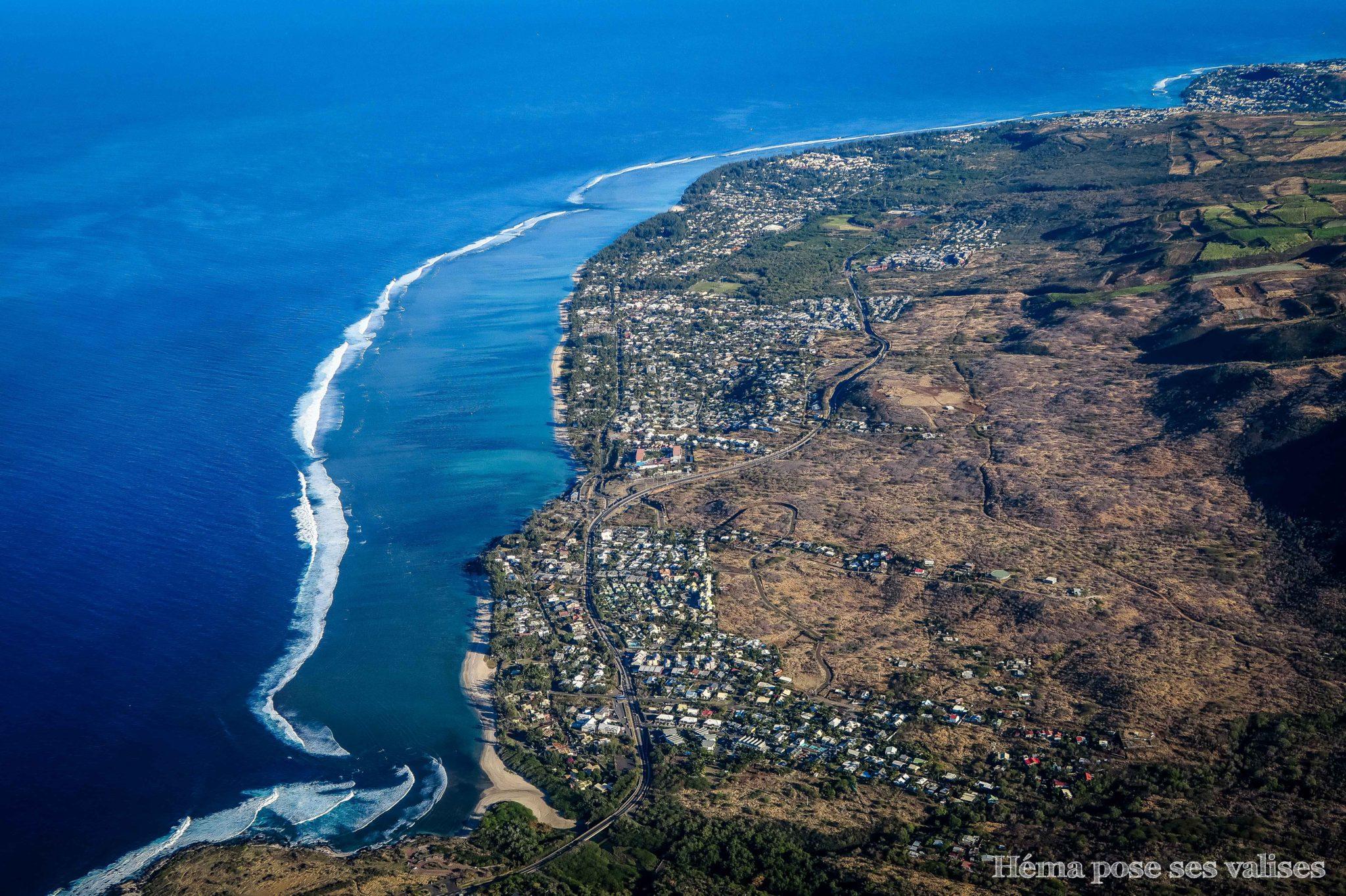 La route du littoral de La Réunion et son lagon