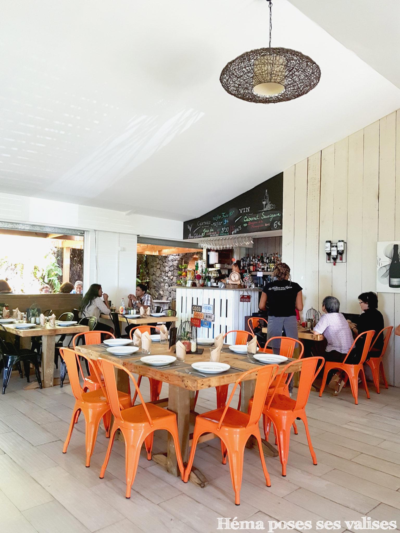 Salle et décoration du restaurant La Cabane aux épices à l'île de La Réunion