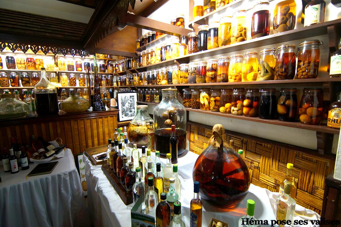 Intérieur du restaurant Saint Bernard à La Réunion