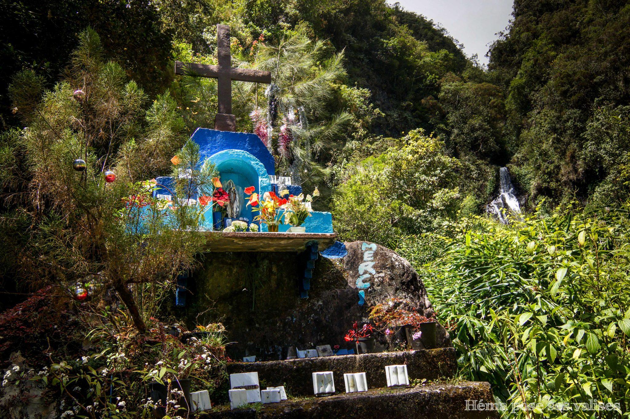Chapelle des 3 cascades près de Hell Bourg