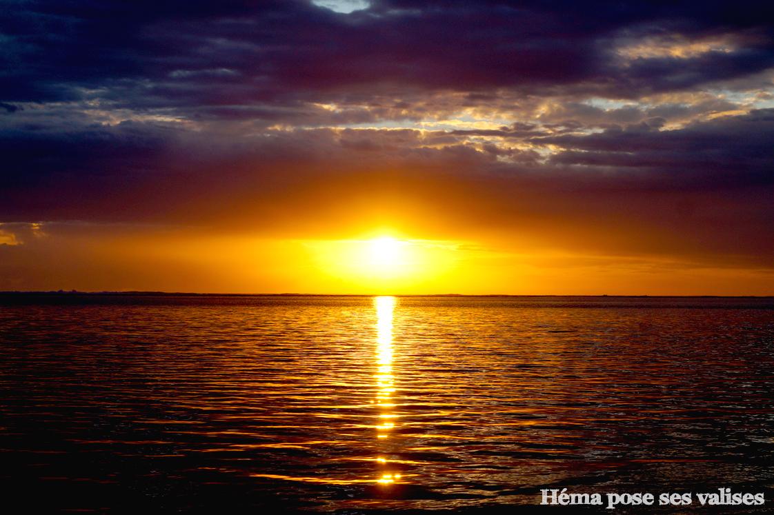 Coucher de soleil sur la plage de La Saline-les-Bains