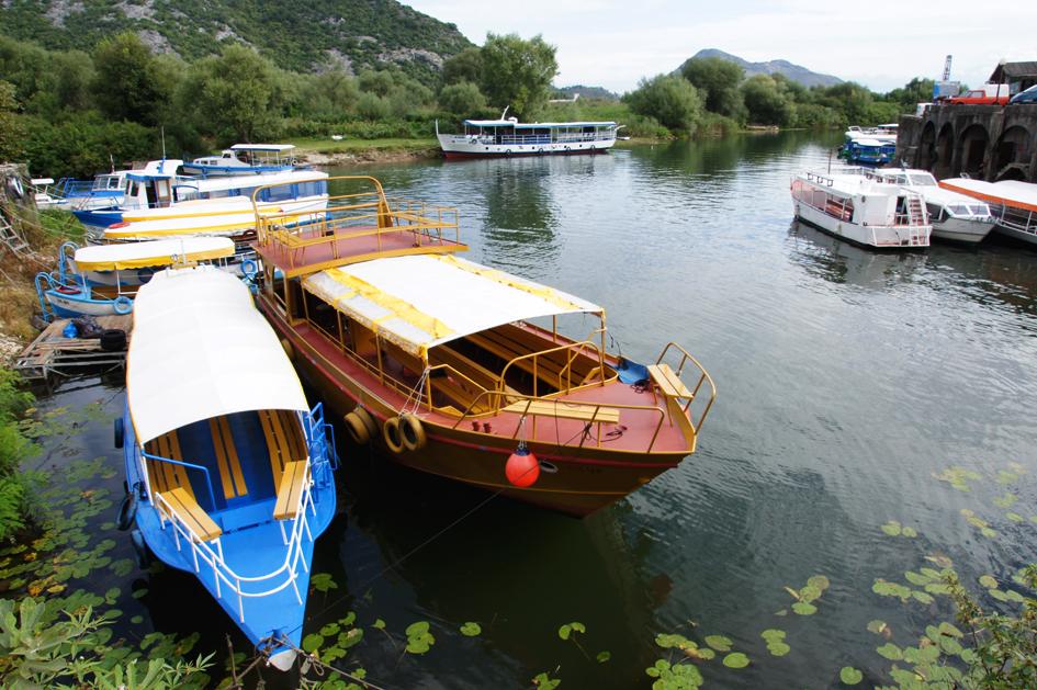 Hema_Montenegro_Virpazar_Boat_Lake_Skadar_Blog_Voyage_Travel1
